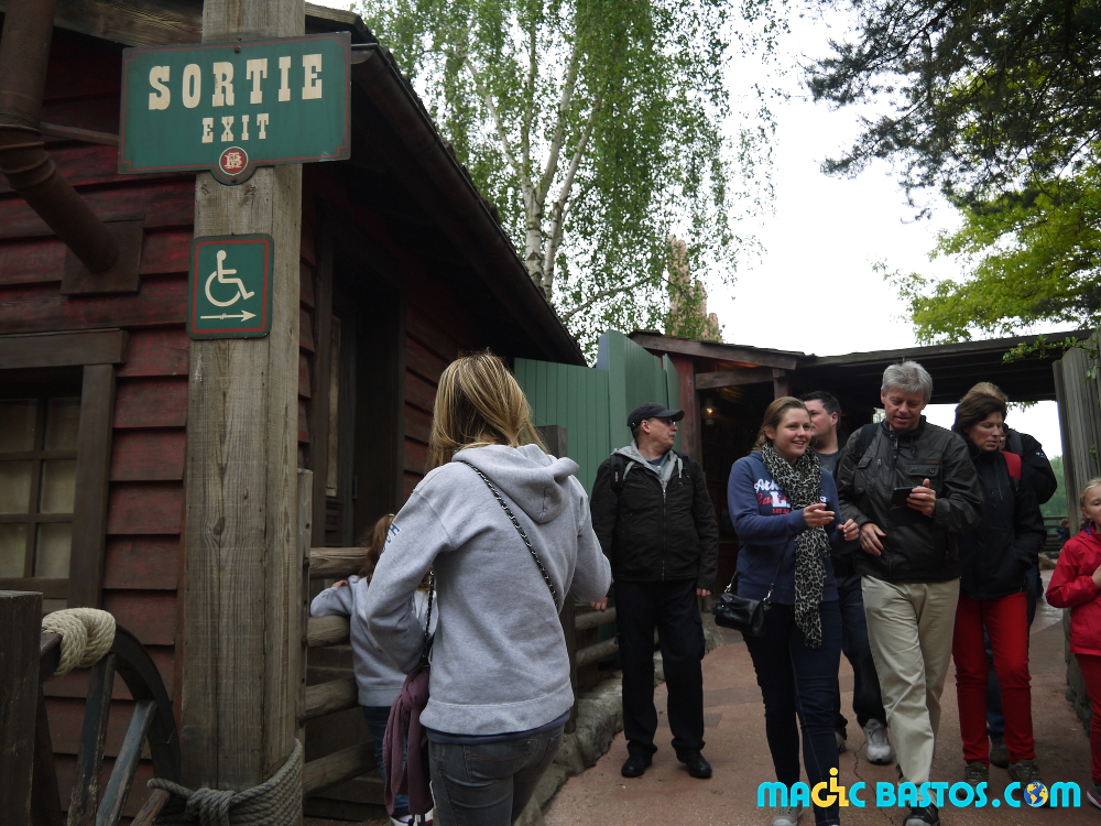disneyland-accessibilite-parc-attraction-handicap