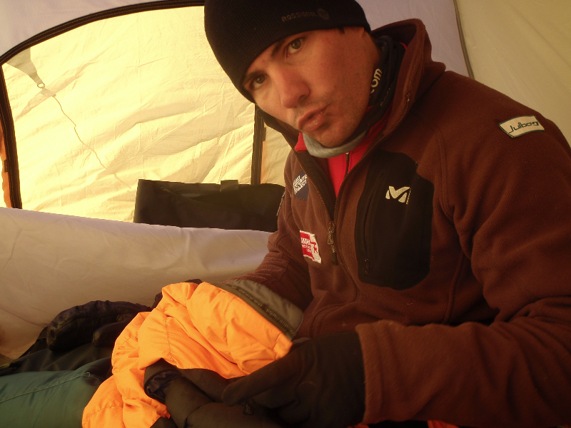 Bastos sous la tente