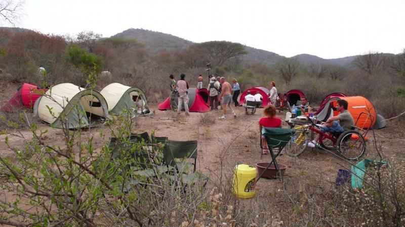 Campement dans le bush