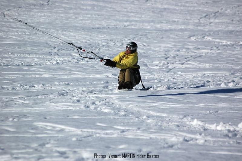 Handi-snowkite-Bastos
