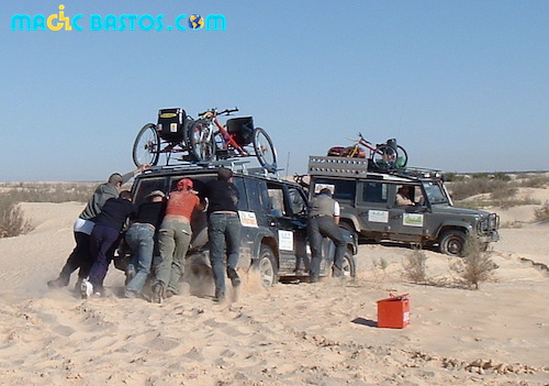 4x4-sable-tunisie-depannage-action-handisport