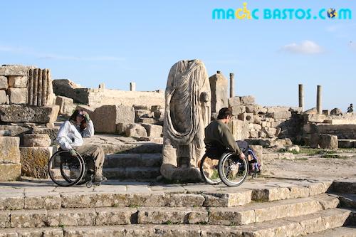 tunisie-dougga-antique-fauteuilroulant-visite