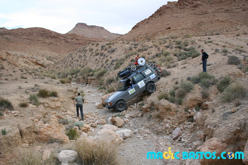 tunisie-passage-4x4-cailloux