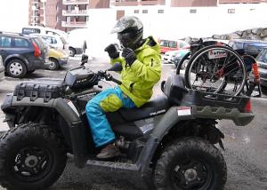Quad véhicule utile handicap