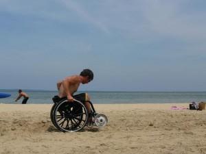 roues-sable-fauteuil-roulant