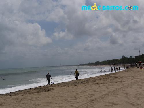plage-surf-kuta-indonesie-bali