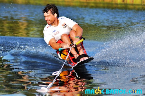 disable-waterski-boat-material