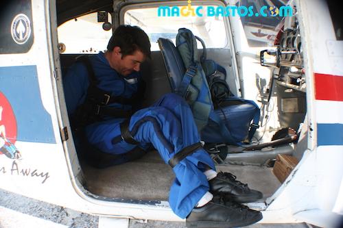 freefall-skydive-plane-handicap
