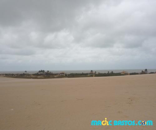 itanaus-village-sable-mer-bresil