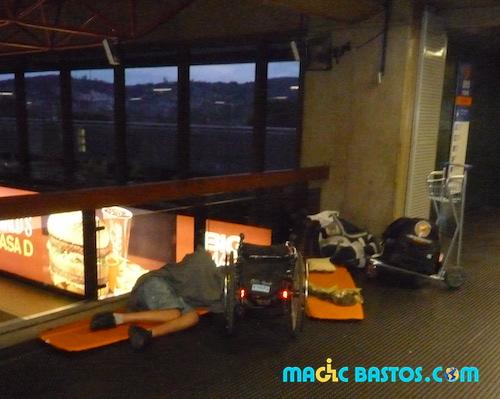 bastos-voyage-nuit-aeroport-handicap