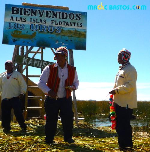 losuros-ilesflotantes-titicaca