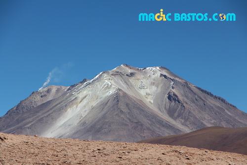 volcan-uyuni-desert-bolivie