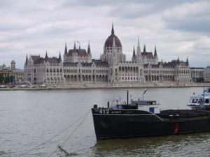 HP13-Hongrie-parlement