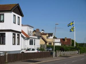 HP13-maisons_drapeaux