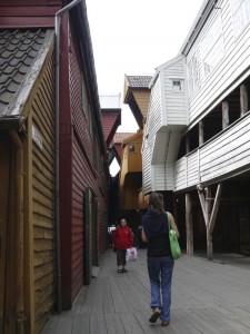 HP13-norvege-bergen_rue_bois