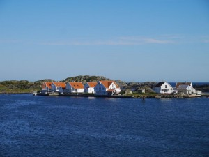 HP13-norvege-ile_maisons_blanches