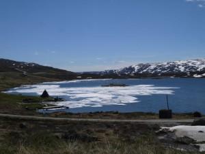 HP13-norvege-lac_glace