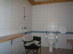 Horizons Partagés 2013 - Norvège -toilettes_adaptes