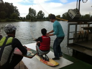 tns-wakeboard-assis