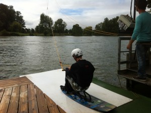 wakeboard-assis-tns