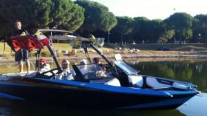 bateau-wake-dual-contest Compétition wakeboard