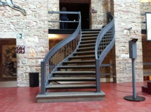 musee-dali-accessibilité-escaliers