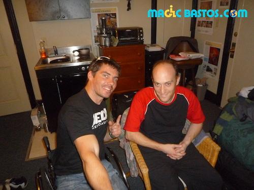 LA-couchsurfing-bastos