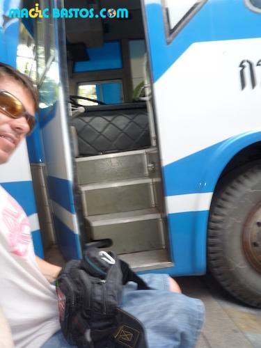 bus-thailande-fauteuilroulant