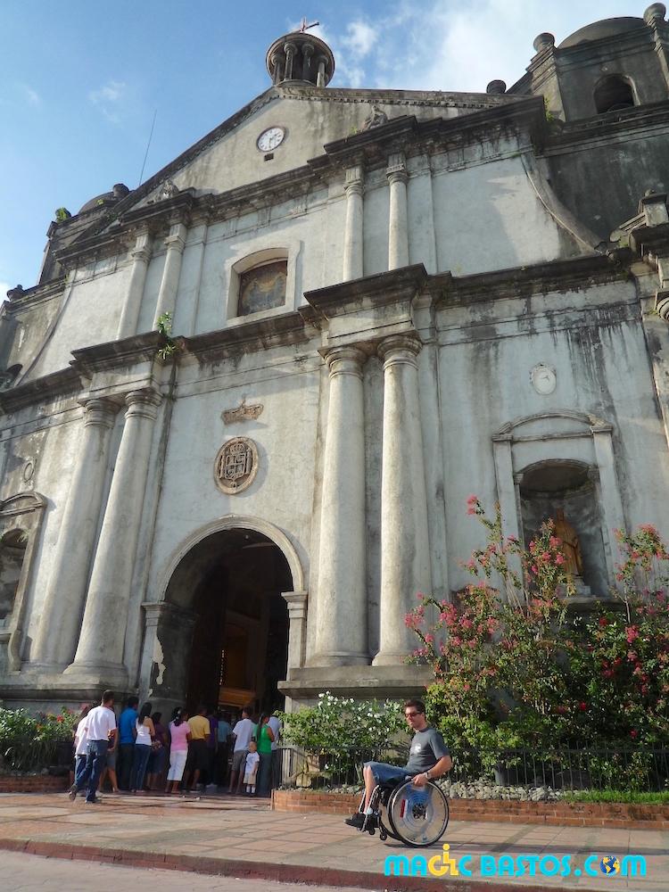 eglise-naga-philippines