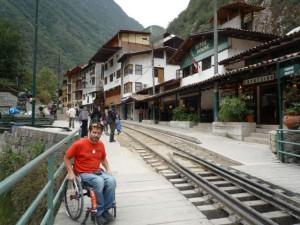 aguas-calientes-fauteuil-roulant-access