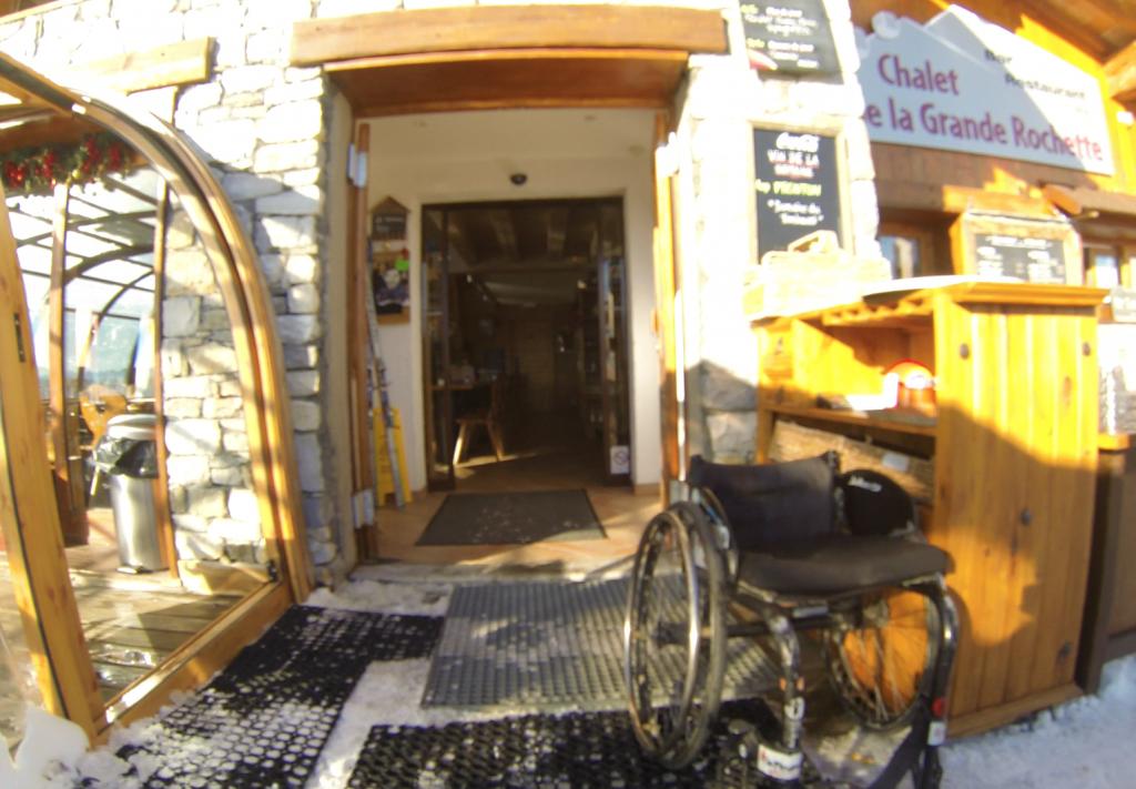 La plagne restaurant d 39 altitude accessible magicbastos - Restaurant d altitude chamrousse ...