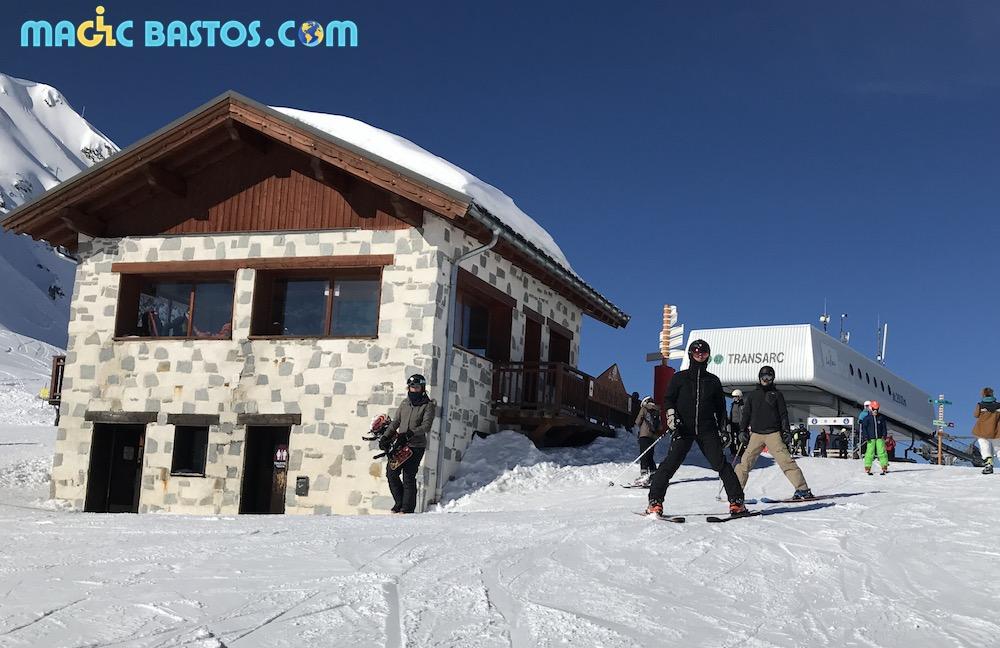 toilettes-pmr-ski-lesarcs-coldelachal