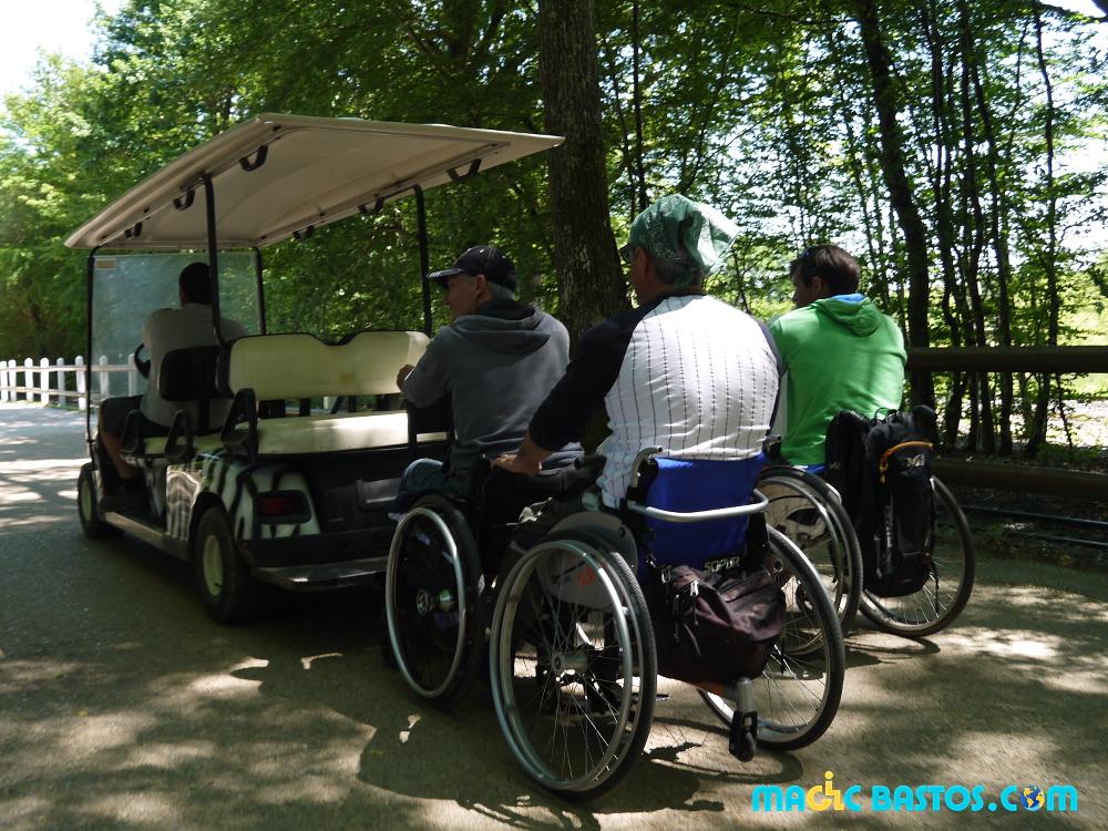 parc-attraction-fauteuil-roulant