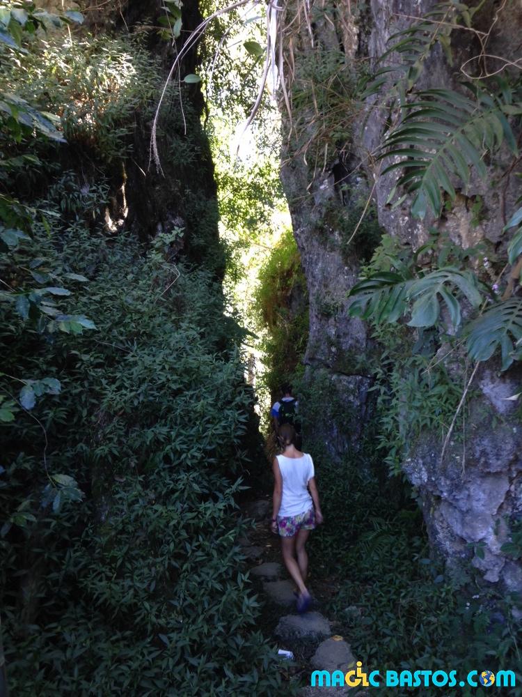 chemin-caves-sagada-handicap-philippines