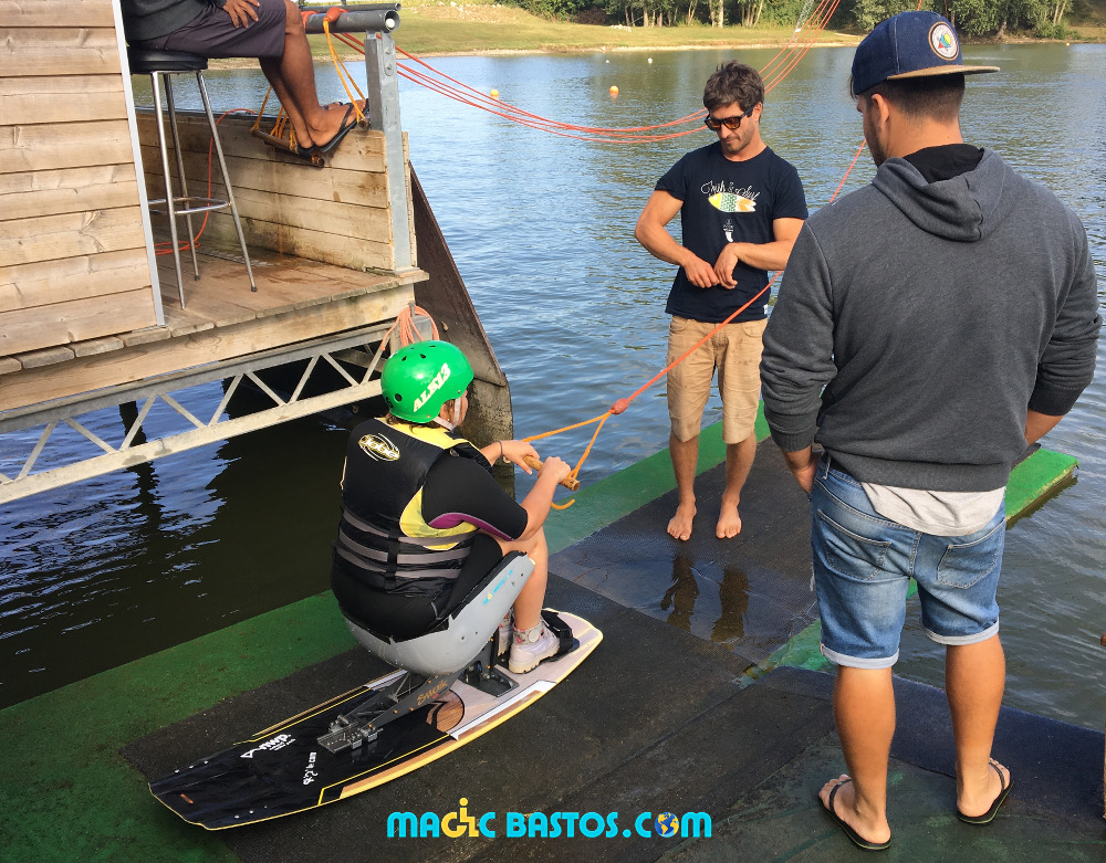 seated-wakeboard-naturalwakepark