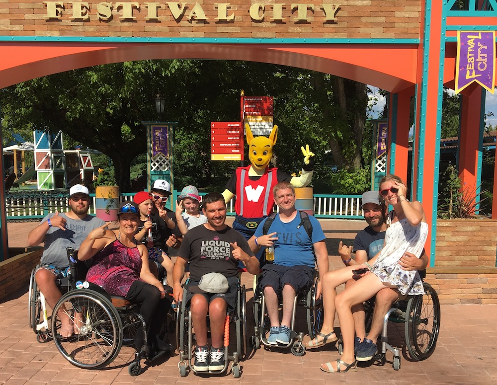 walibi-attractions-handicap-fauteuil-roulant