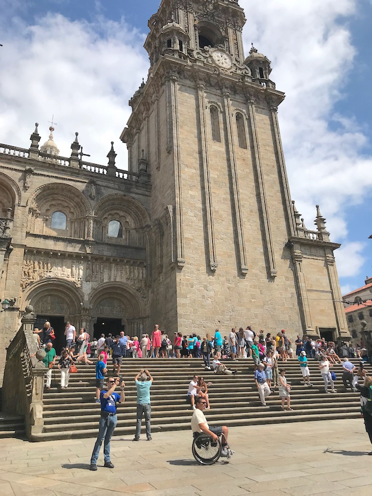 cathedrale-santiago-disable