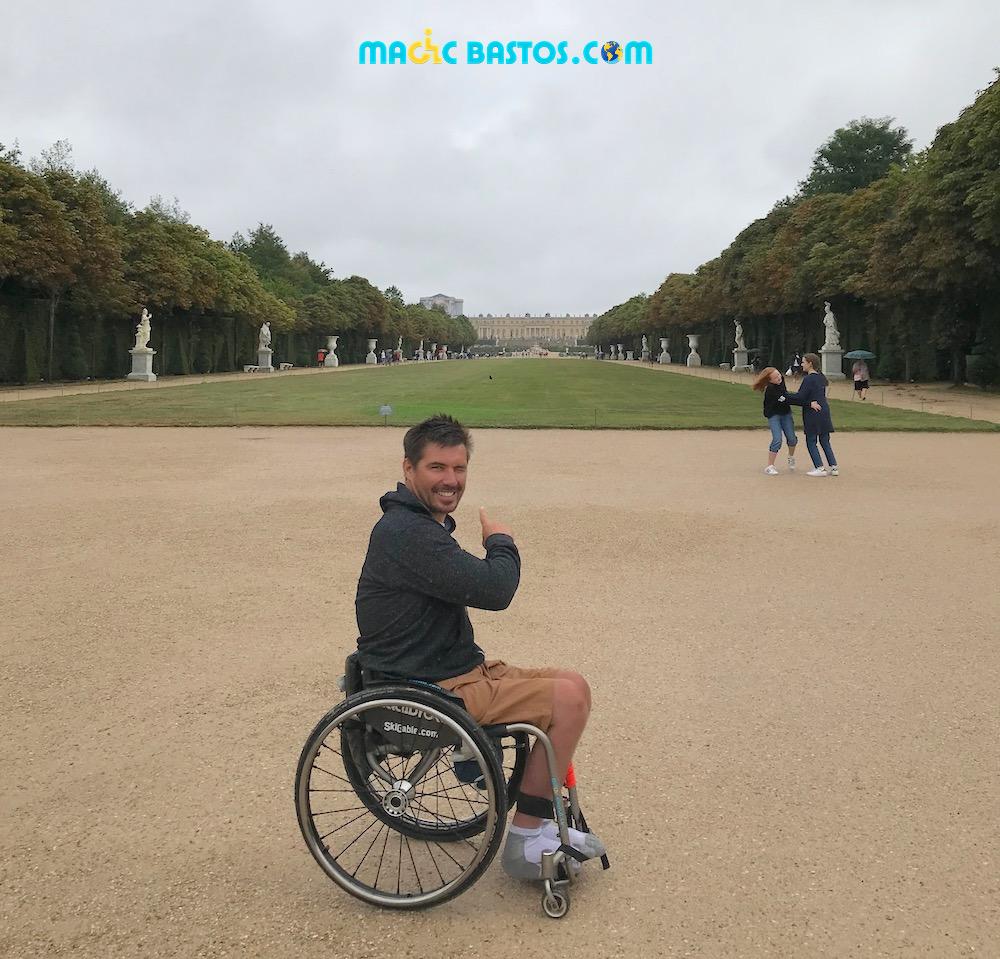 chateau-versailles-jardins-fauteuil-roulant
