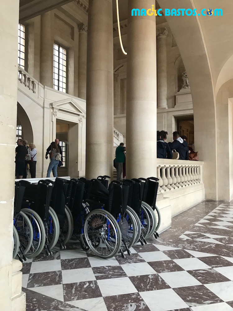 chateau-verseilles-fauteuils-disponibles