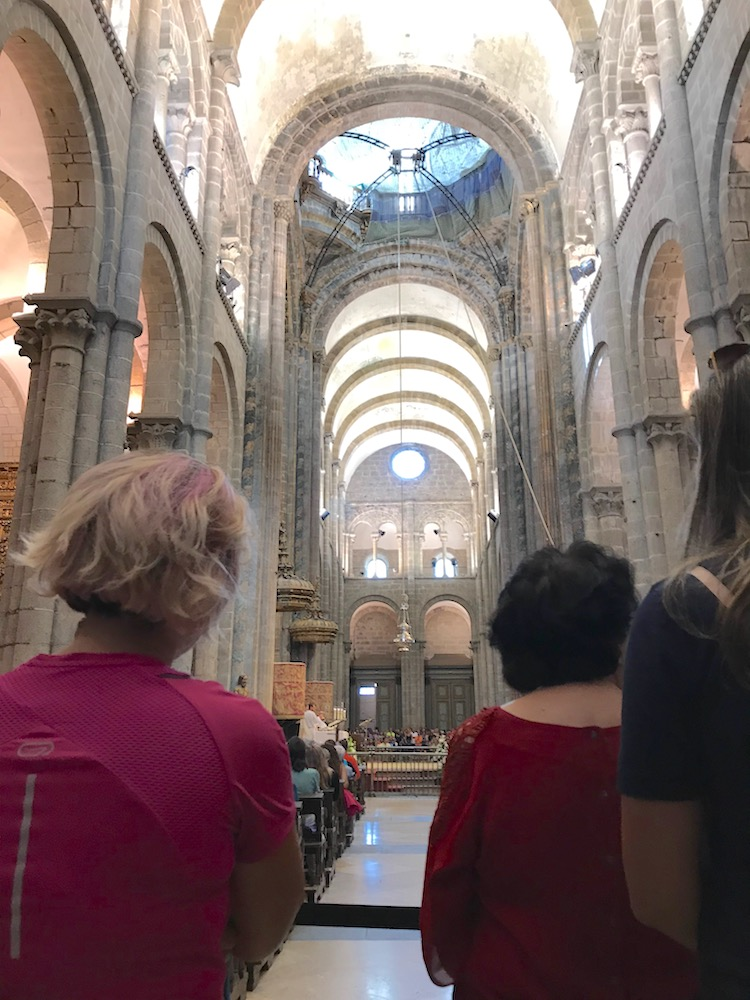 messe-cathedrale-st-jacques-decompostelle
