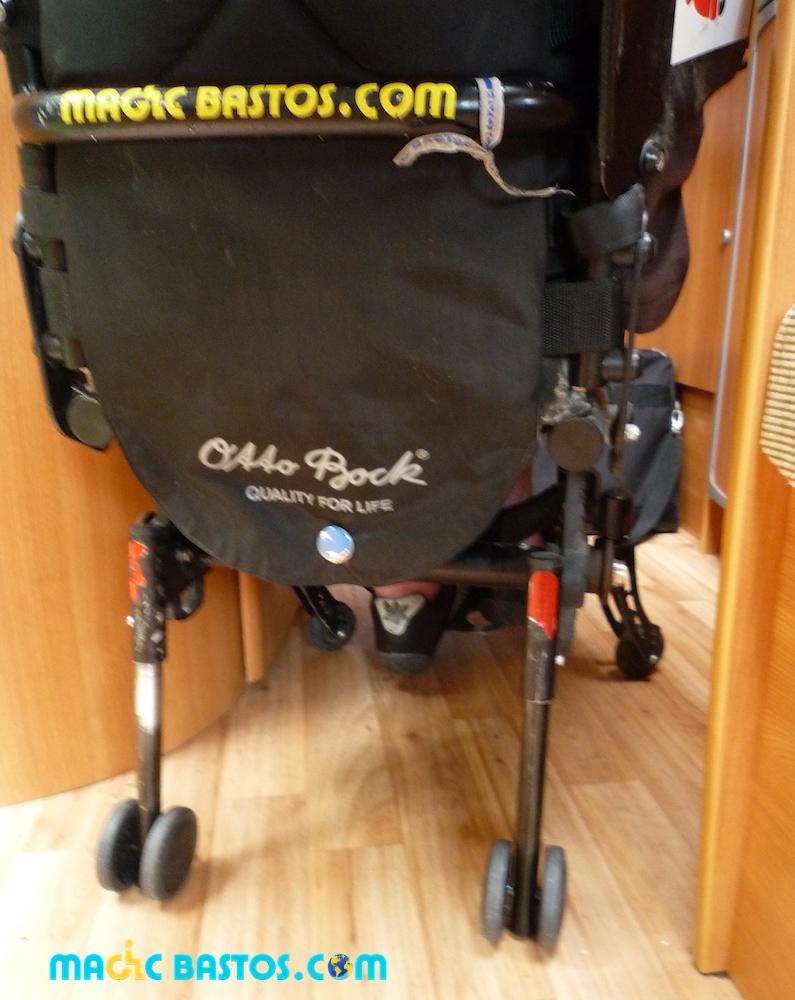 roulettes-arriere-fauteuil-roulant-passages-etroit