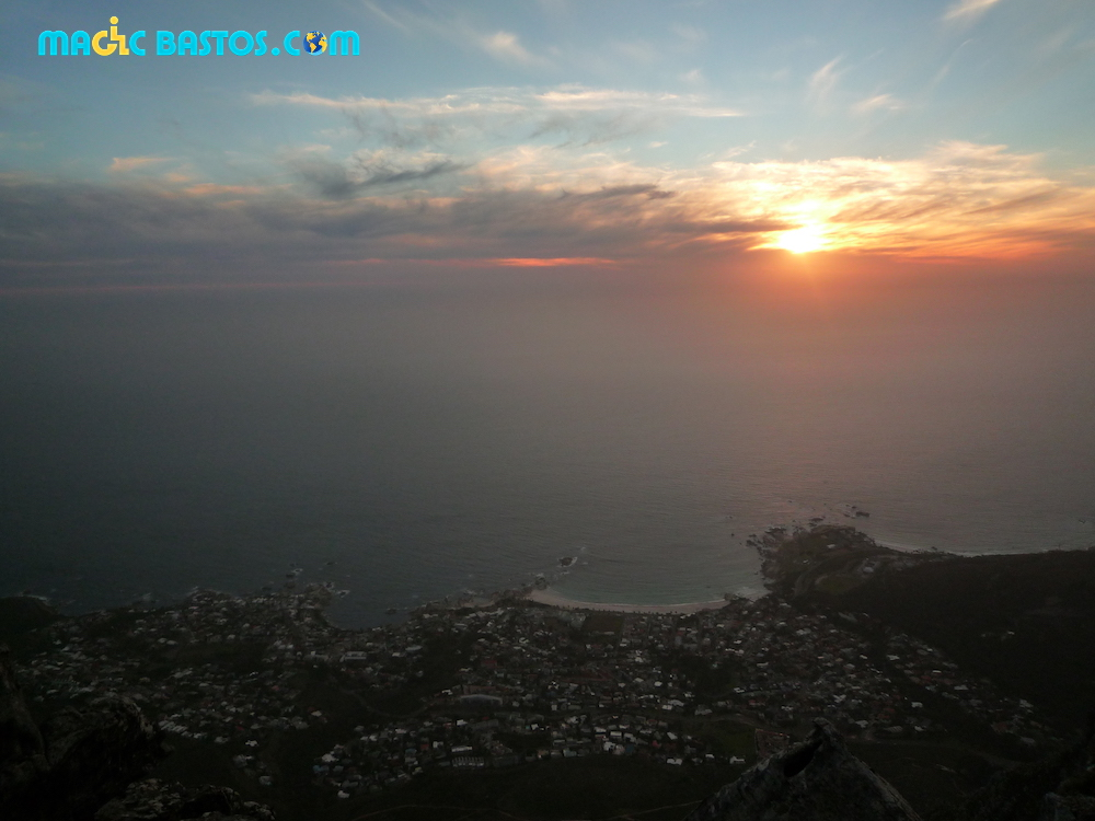 table-mountain-sunset
