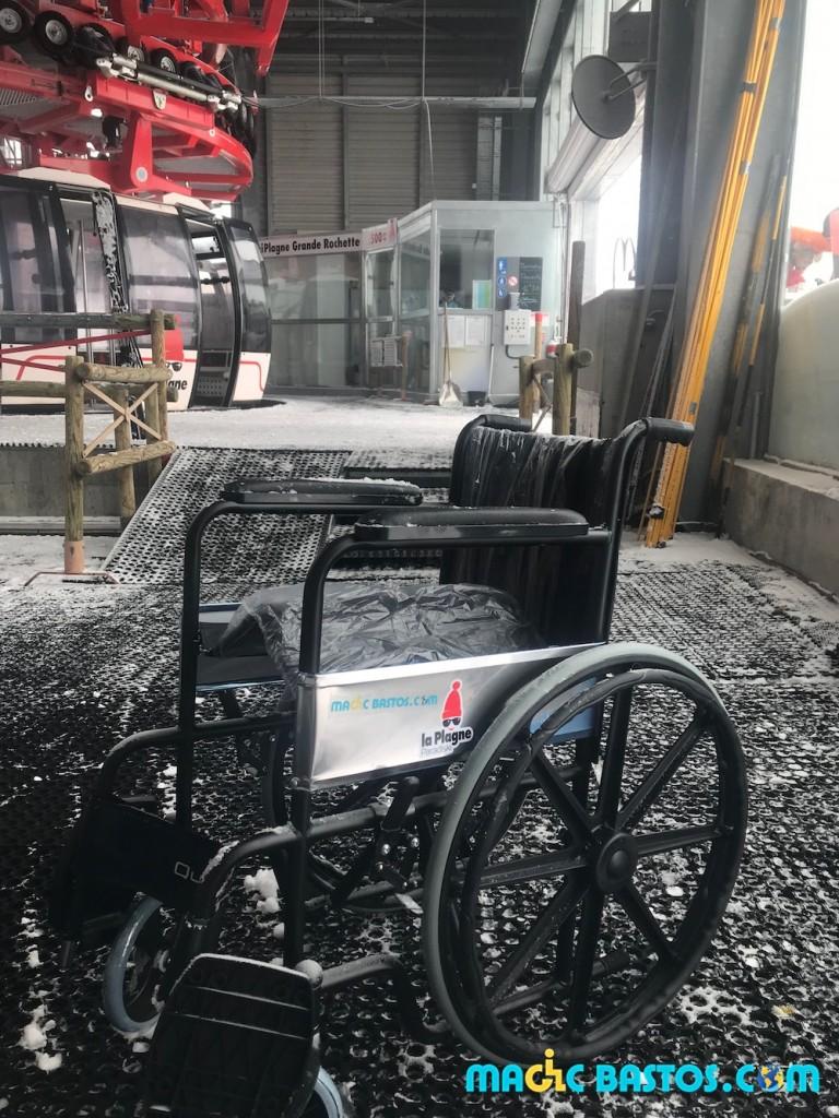 grande-rochette-toilettes-fauteuil-roulant-ski