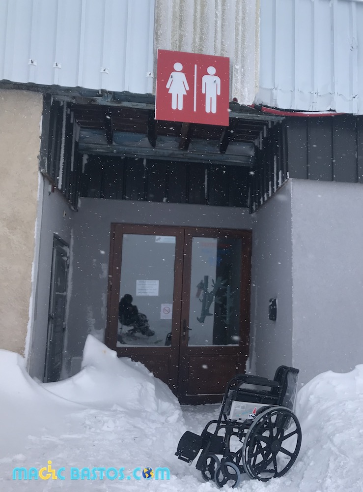 rochedemio-laplagne-toilettes-fauteuilroulant