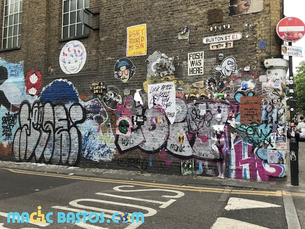 bricklane-london-wheelchair-trip