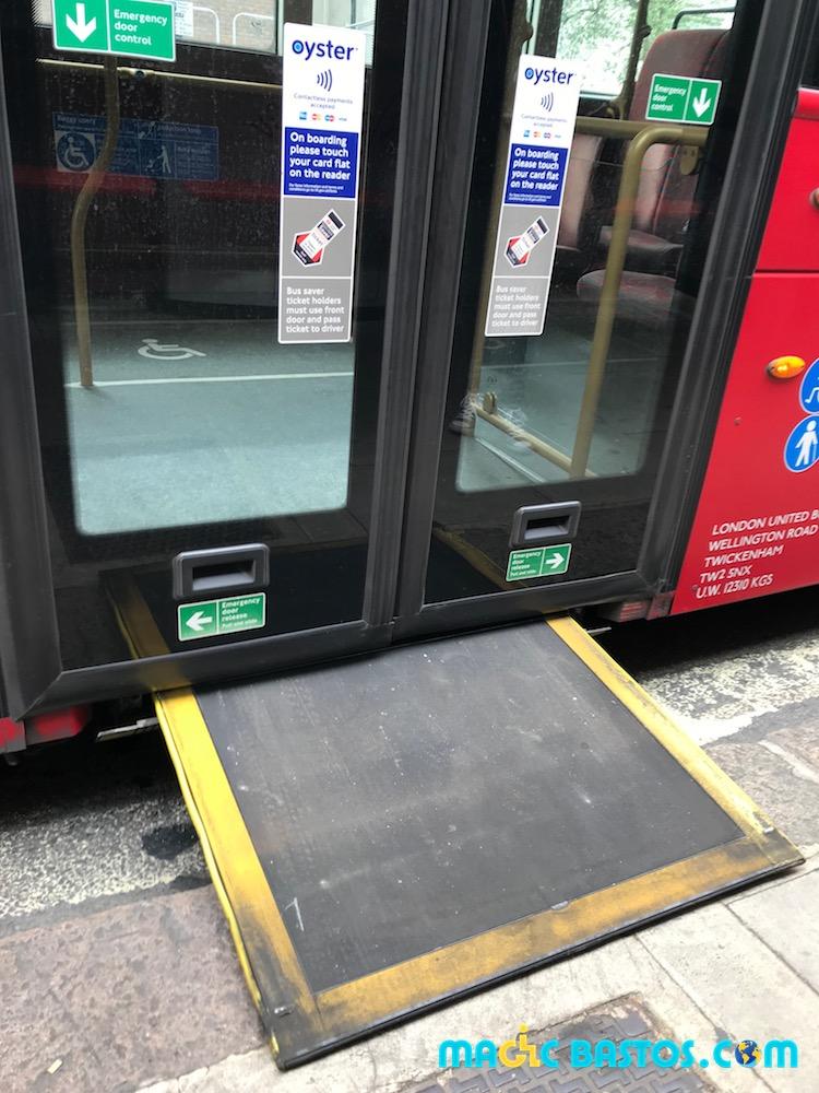 bus-rampe-londres-fauteuil-roulant