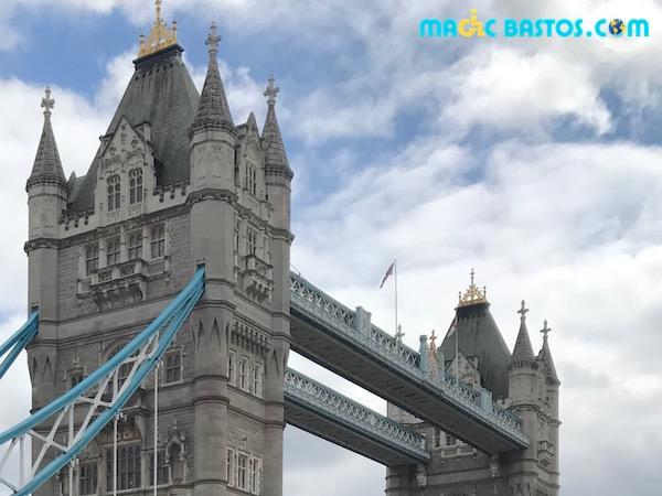 london-bridge-tower-acces