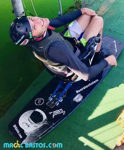 steph-handisport-wakeboard-magicbastos-vivre+