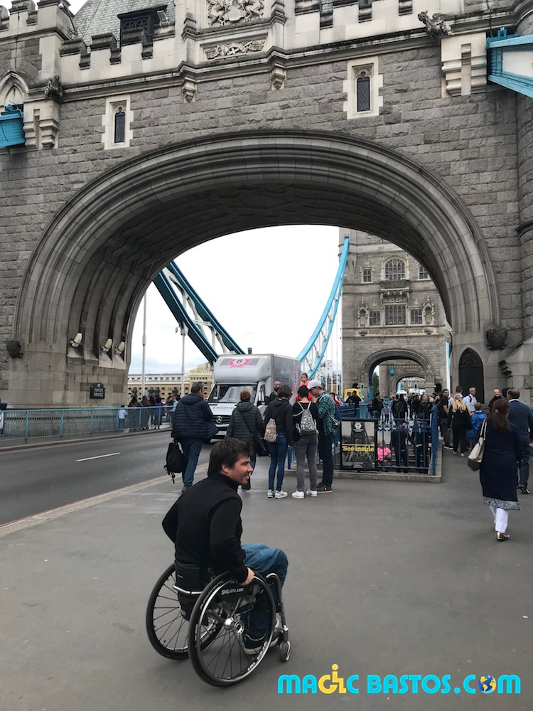 tower-bridge-tourisme-handicap-londres