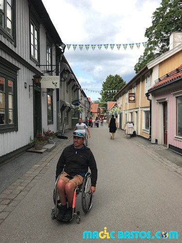 sigtuna-fauteuil-roulant-visite-suede